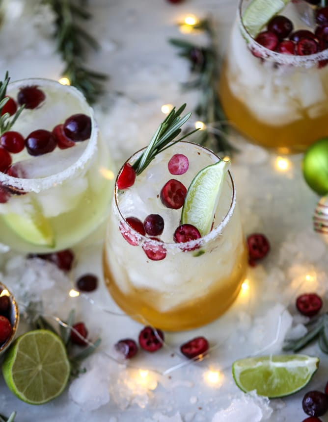 THIRSTY THURSDAY: Christmas Mistletoe Margaritas